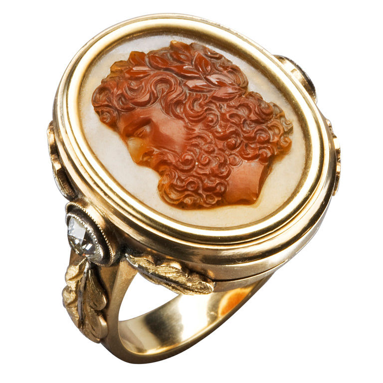 Large Gold and Carved Cameo Zeus Ring, circa 1870 1